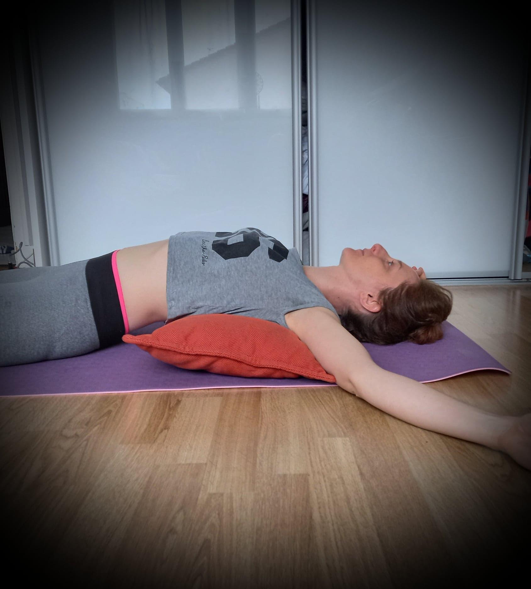 respiration cage thoracique coussin zen shiatsu yogo doin